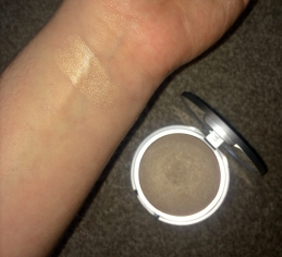 the balm swatch